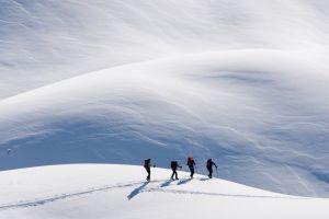 Zăpadă și sare împotriva durerilor articulare