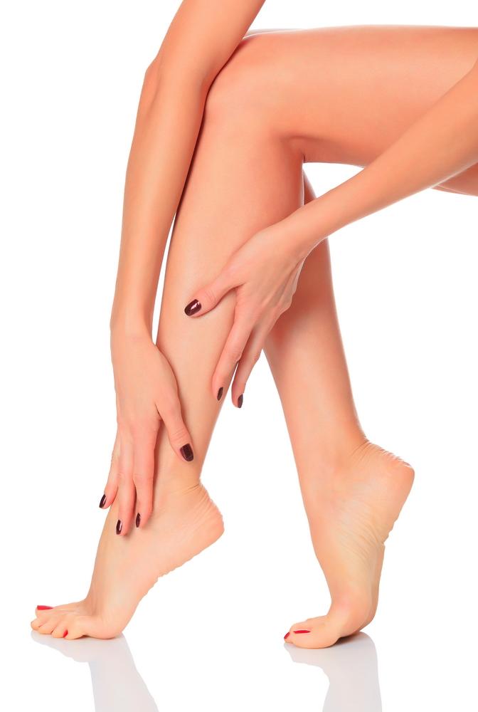 durere în articulațiile picioarelor în picior