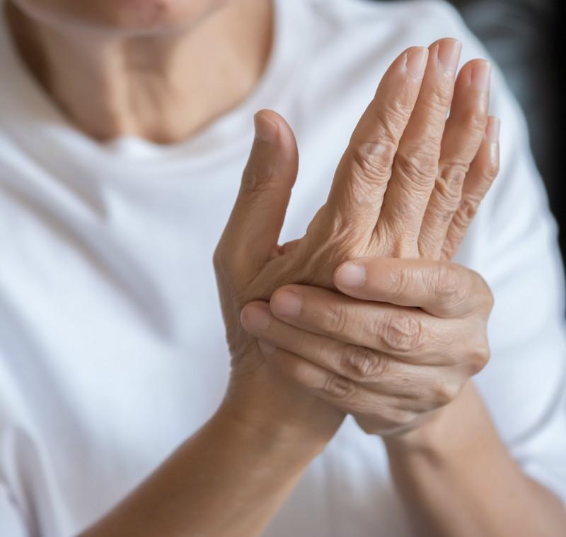 dureri îngenunchează articulația umărului amorțeală și durere în articulațiile mâinii drepte