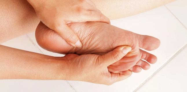 parestezie și dureri articulare