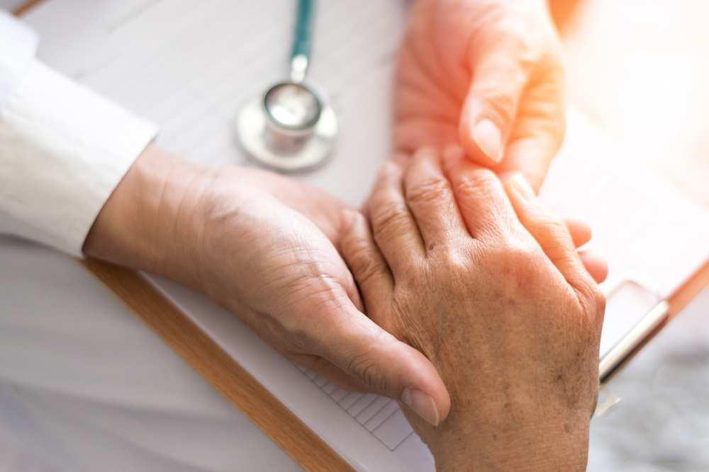 Analizează cum și cum să tratezi artrita