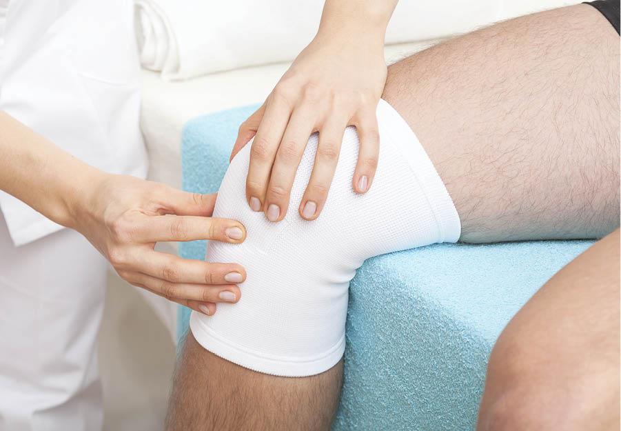 dislocarea genunchiului decât ameliorarea durerii)