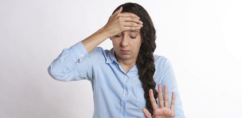 slăbiciune de greață în durerea articulară)