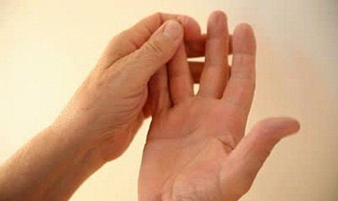 amorțeală a mușchilor și a brațului tratamentul artritei reumatoide a degetului mare