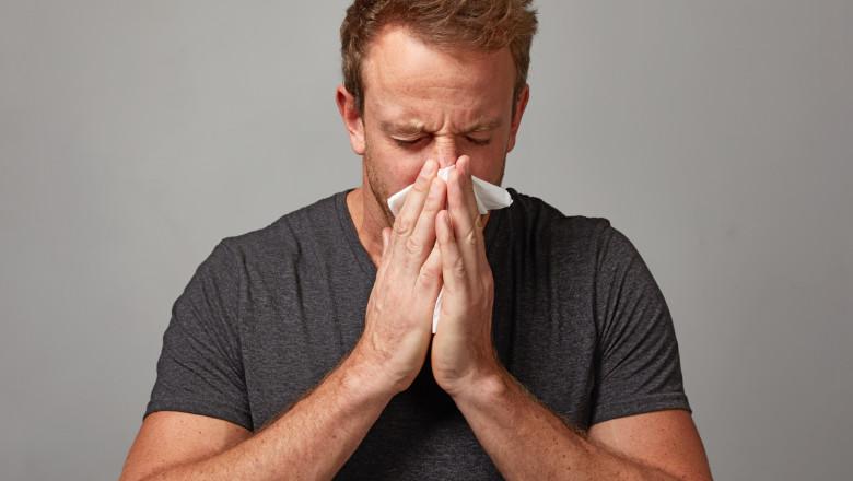 Totul despre Durerile Lombare(numite si dureri de mijloc): Cauze si Simptome   CENTROKINETIC
