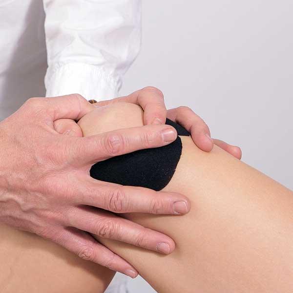 lichid în articulația genunchiului după accidentare