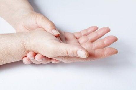 remedii pentru durerea în spate și articulații tratamentul homeopatiei artrozei piciorului