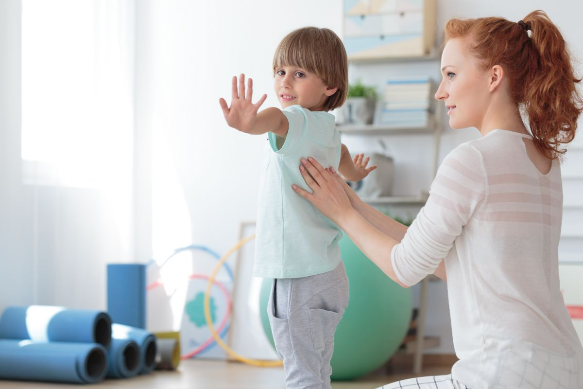 Durerile de creștere la copii - cum le depistăm și când ne îngrijorăm?