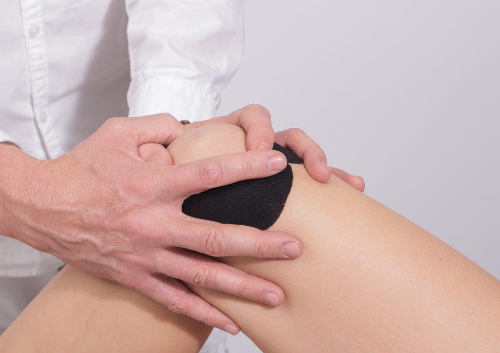 tratarea cu laser a artrozei genunchiului)