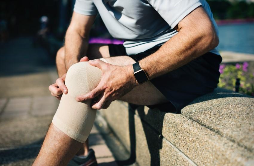 Sinovita articulației genunchiului