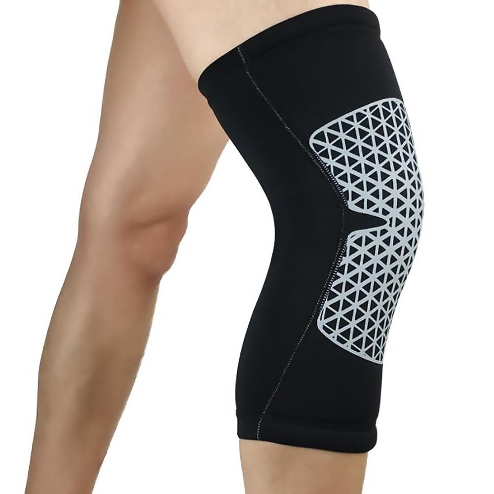 bandaje pe genunchi în caz de rănire)