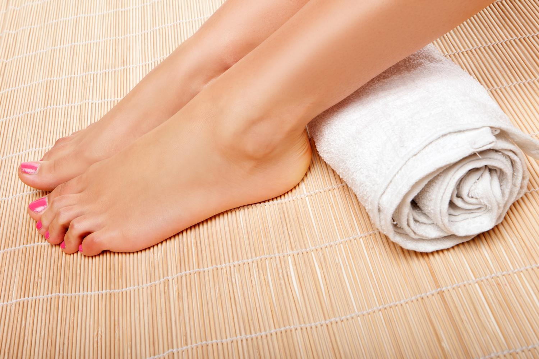 Cum să alinați inflamația articulației de pe picior