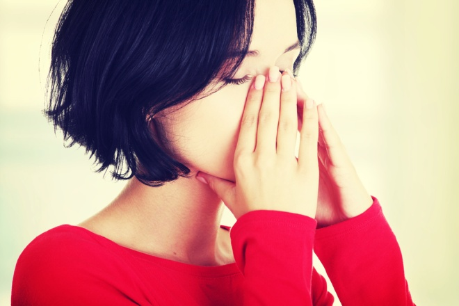 durere în ochi și durere articulară)