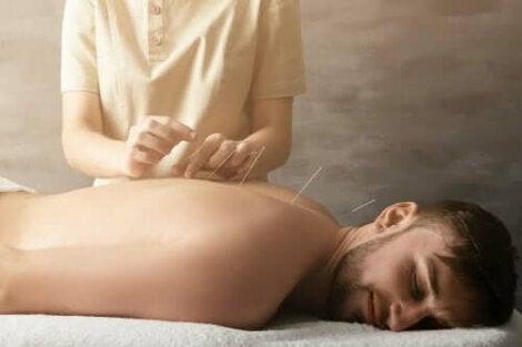 simptomele durerilor articulare de frisoane)