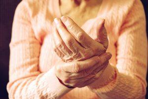 păcătuiește durerea articulară