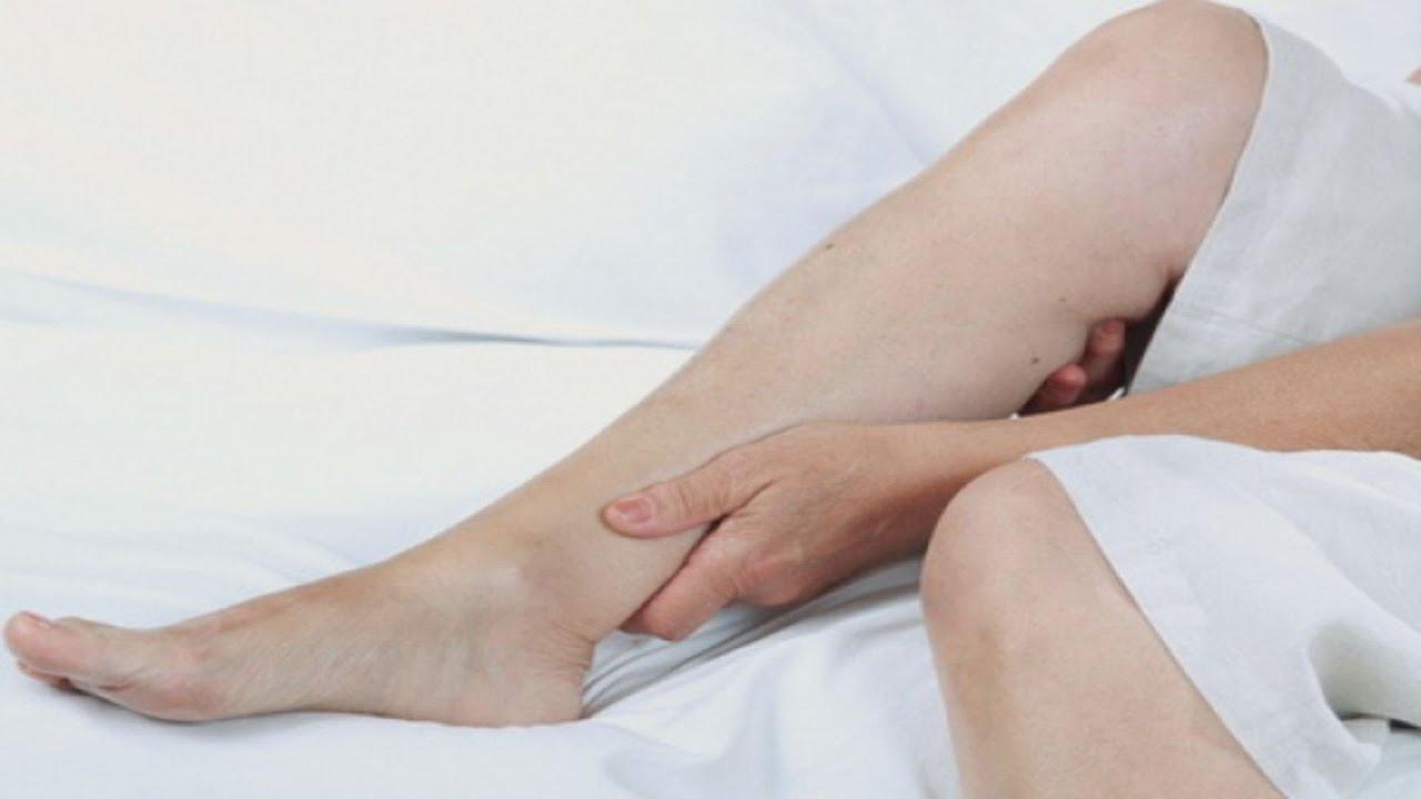umflarea articulației piciorului stâng)
