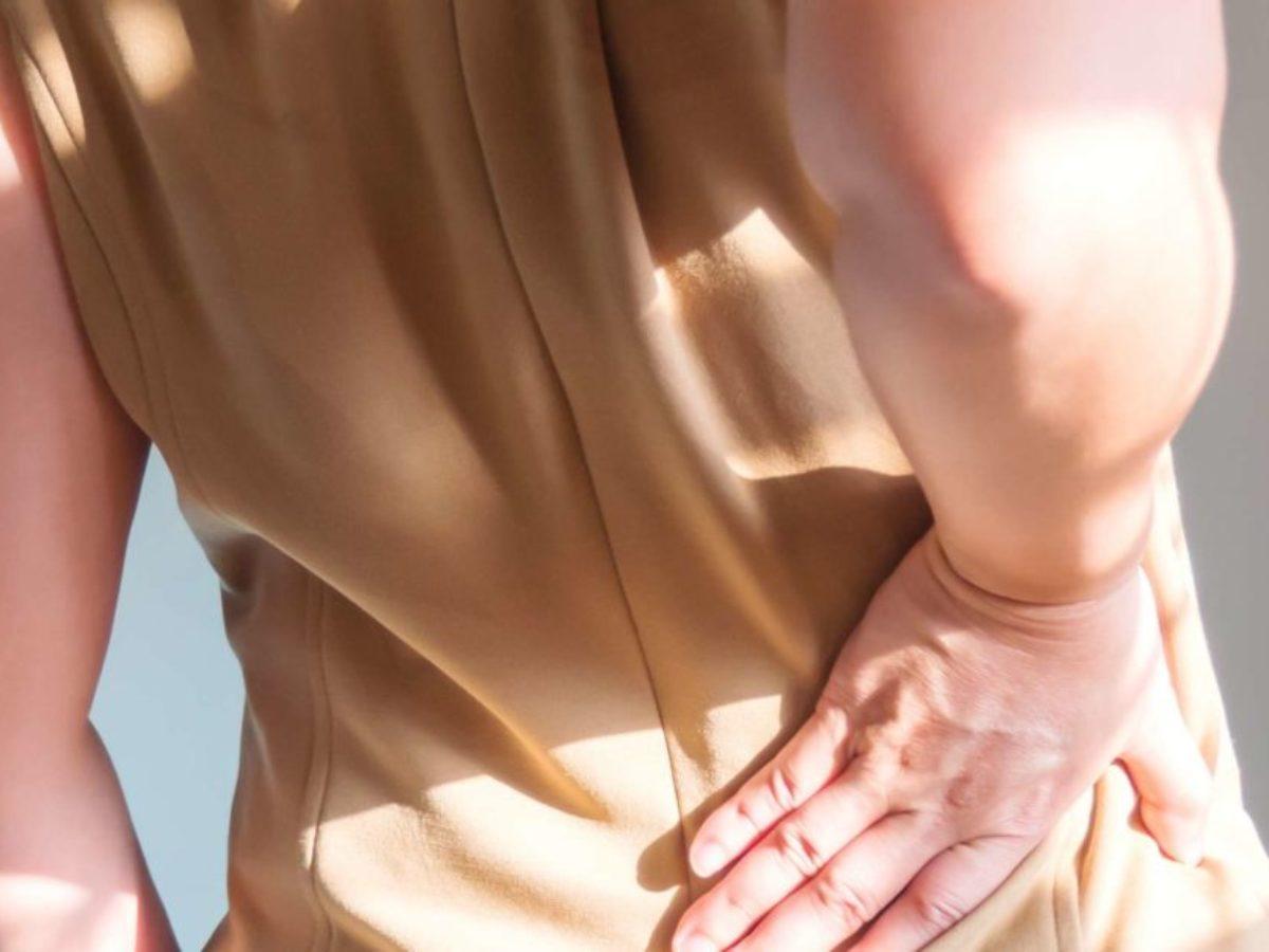 atenuând durerea în zona șoldului