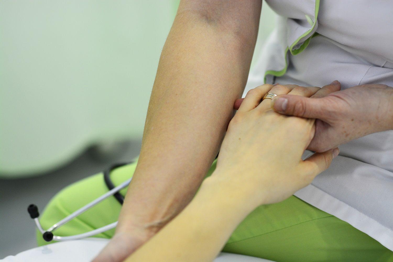 cum să tratezi artrita pe braț