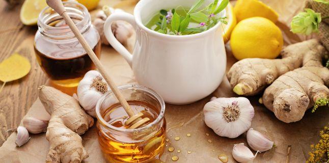 Tratamente si remedii naturiste pentru raceala