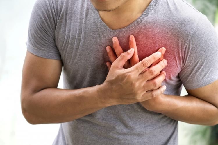 dureri de umăr după gravitate