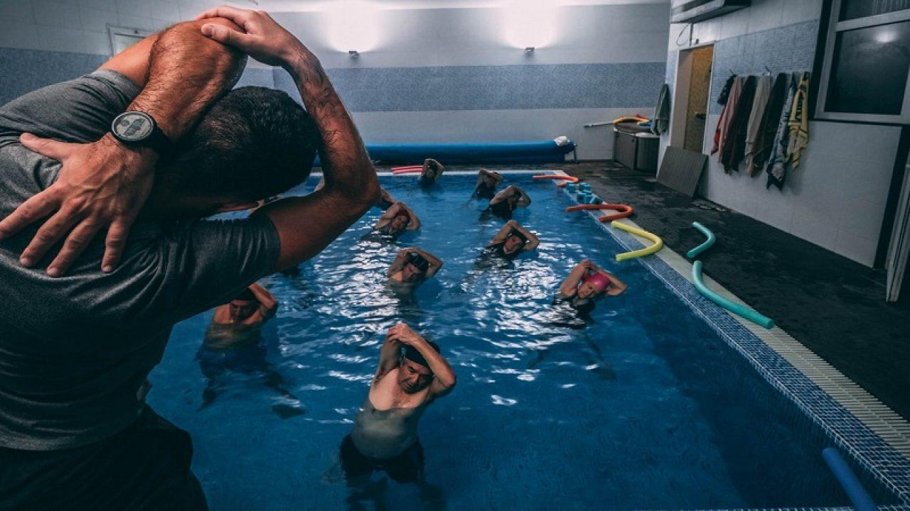 aerobic pentru apă pentru bolile articulare)