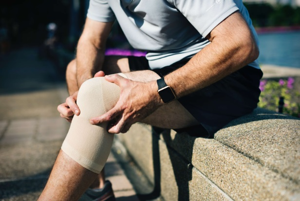 durere după o puncție a genunchiului artroza gleznei este aceea