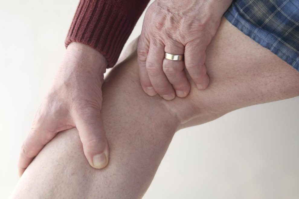 crize și dureri ale genunchiului