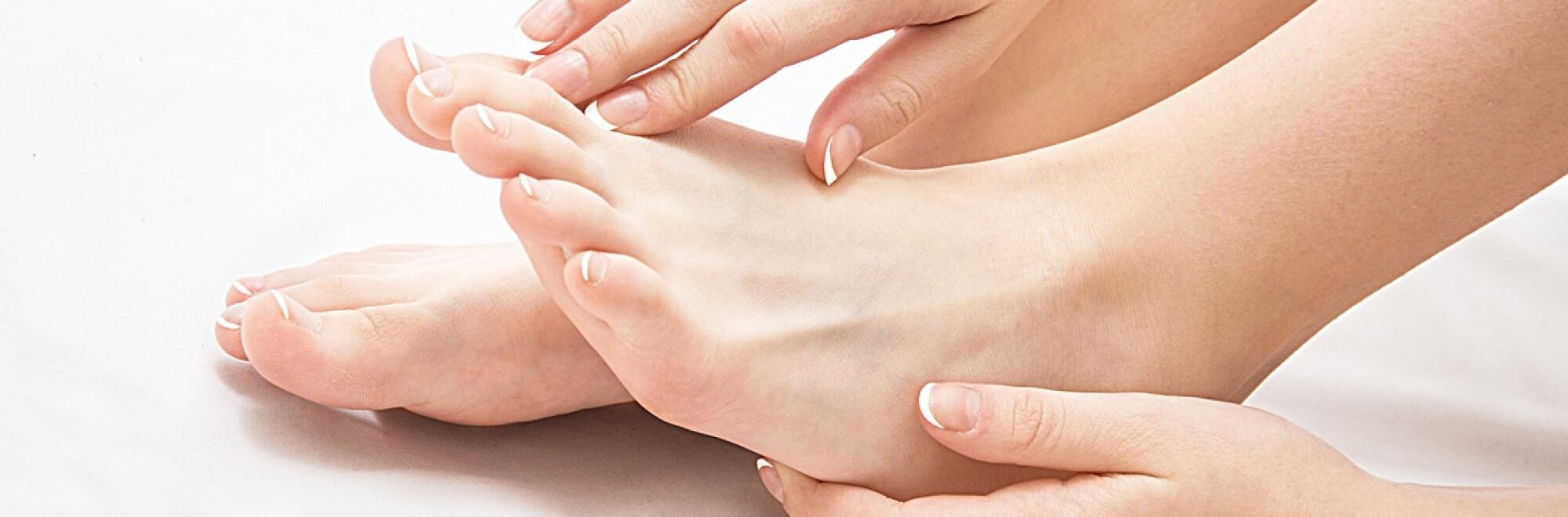umflarea pe picioarele bolii articulare)