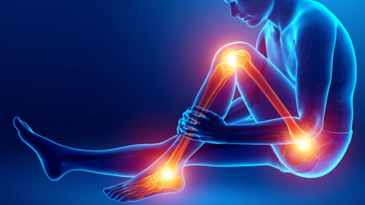 artrita lichidă în articulații)